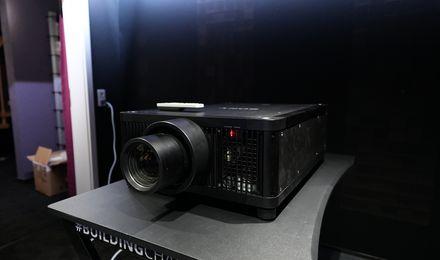 Sony VPL-GTZ380 Vorseriengerät