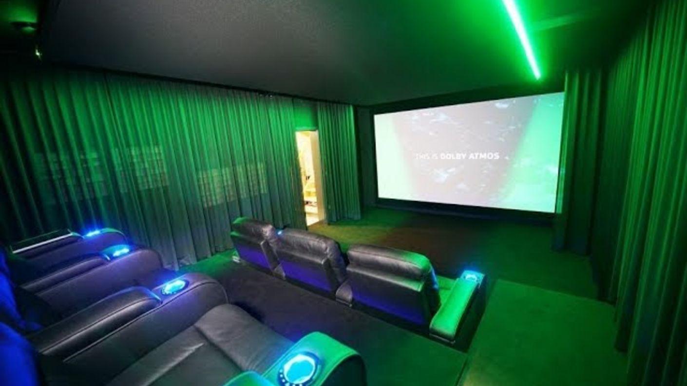 S1E11 - großes Finale bei Kino-Inbetriebnahme | On the Road mit Hollywood-Zuhause (Heimkino Doku)